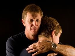 How to offer spiritual support to a loved one in need